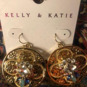 NWT Kelly &Kate Gold Earrings